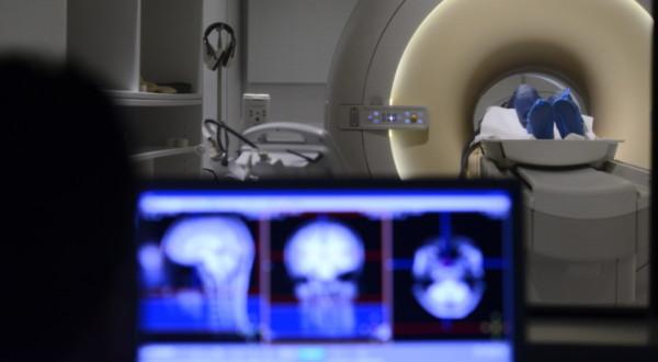 Uno studio recente su neuroimaging ed emozioni negli adolescenti