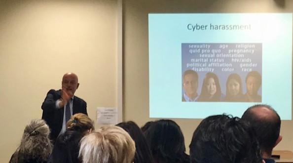 Cyberstupidity ed estremismo online: un percorso per i docenti della scuola secondaria
