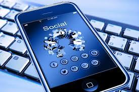 [fraME] Social network: portabilità, socialità e autorialità