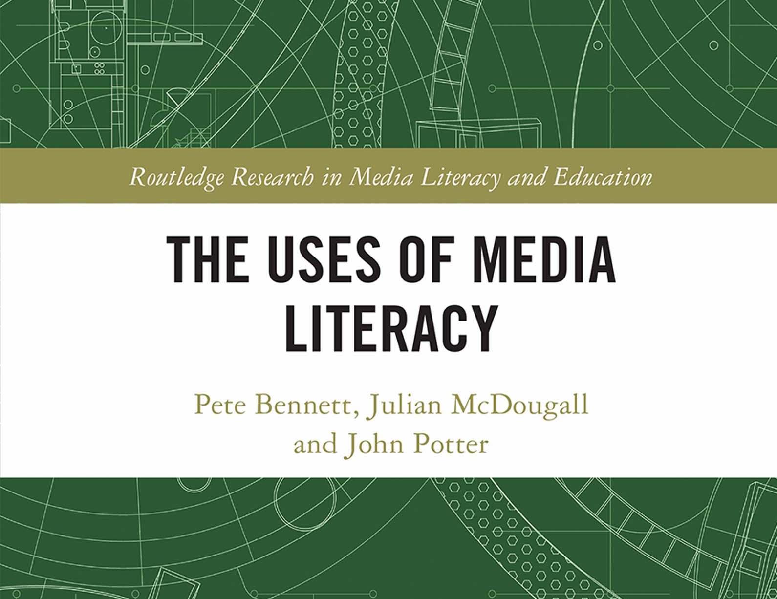 Towards the Dynamic Uses of Media Literacy