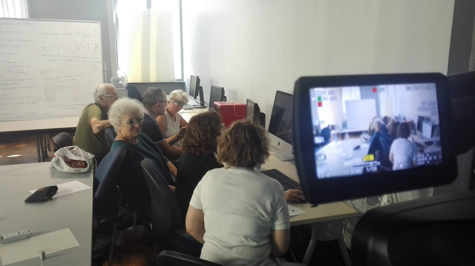 Audio-visual dynamics, TV formats and aphasia: a experimental project